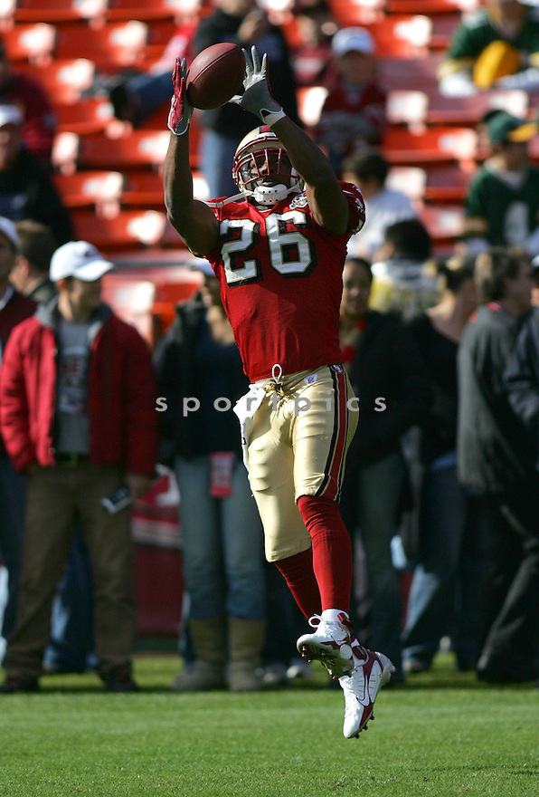 MARK ROMAN, of the San Francisco 49ers, during their game  against the Green Bay Packers on December 10, 2006 in San Francisco, CA...Green Bay win 30-19..ROB HOLT/ SPORTPICS