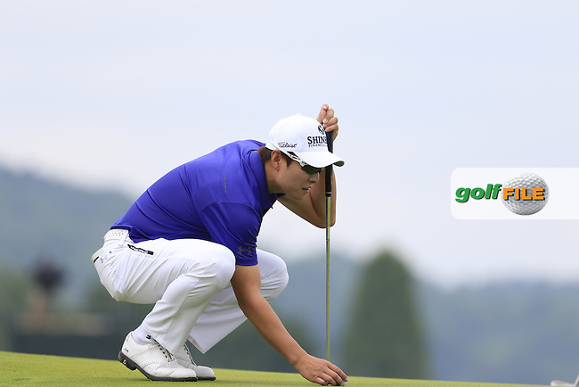 K.T.Kim (KOR) on the 3rd green during Friday's Round 1 of the 2016 U.S. Open Championship held at Oakmont Country Club, Oakmont, Pittsburgh, Pennsylvania, United States of America. 17th June 2016.<br /> Picture: Eoin Clarke | Golffile<br /> <br /> <br /> All photos usage must carry mandatory copyright credit (&copy; Golffile | Eoin Clarke)