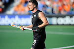 The Hague, Netherlands, June 01: Shea McAleese #25 of New Zealand looks on during the field hockey group match (Men - Group B) between the Black Sticks of New Zealand and Korea on June 1, 2014 during the World Cup 2014 at GreenFields Stadium in The Hague, Netherlands. Final score 2:1 (1:0) (Photo by Dirk Markgraf / www.265-images.com) *** Local caption ***