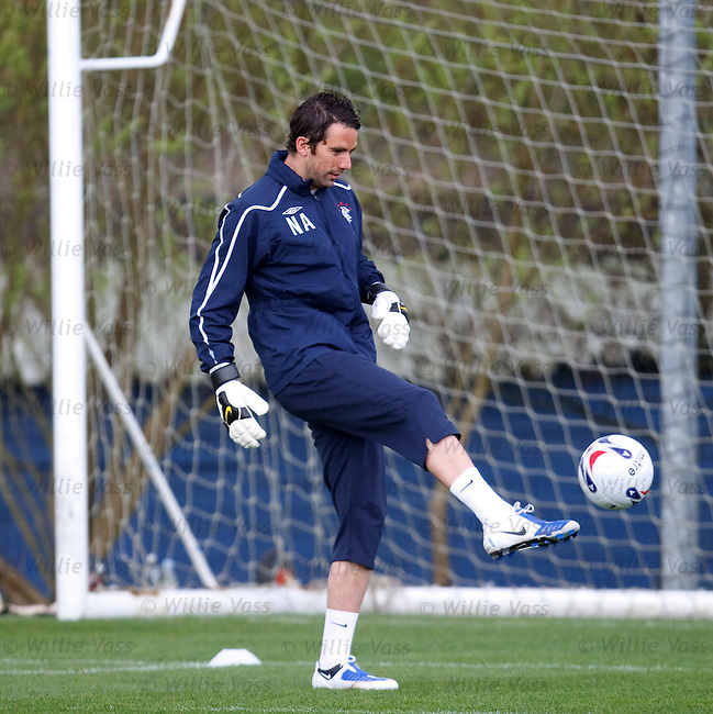 Neil Alexander training