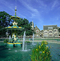 New Zealand, South Island, Christchurch: Peacock Fountain in Botanical Gardens | Neuseeland, Suedinsel, Christchurch: Pfauenbrunnen im Botanischen Garten