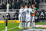 04.11.2018, Stadion im Borussia-Park, Moenchengladbach, GER, 1. FBL, Borussia Moenchengladbach vs. Fortuna Duesseldorf, DFL regulations prohibit any use of photographs as image sequences and/or quasi-video<br /> <br /> im Bild die Mannschaft von Moenchengladbach Jubel / Freude / Emotion / Torjubel / Torschuetze zum 2:0 Jonas Hofmann (#23, Borussia M?nchengladbach / Moenchengladbach) <br /> <br /> Foto &copy; nordphoto/Mauelshagen