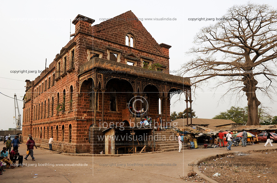 SIERRA LEONE, Freetown, old colonial building at port