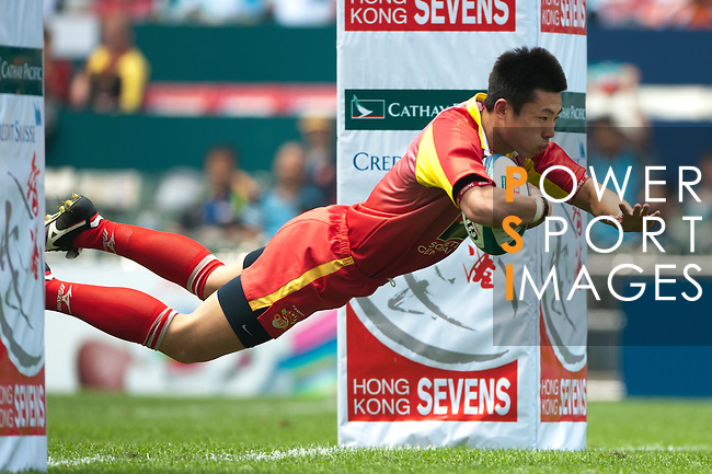 Day 2 of the 2011 Cathay Pacific / Credit Suisse Hong Kong Rugby Sevens, Hong Kong Stadium. Photo by Manuel Queimadelos / Societe Generale