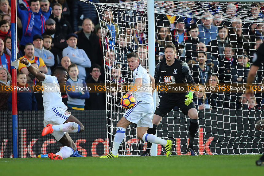 Lamine Kone of Sunderland scores during Crystal Palace vs Sunderland AFC, Premier League Football at Selhurst Park on 4th February 2017