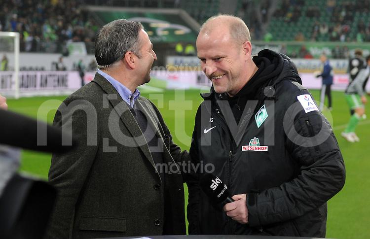 FUSSBALL   1. BUNDESLIGA    SAISON 2012/2013    13. Spieltag   VfL Wolfsburg - SV Werder Bremen                          24.11.2012 Manager Klaus Allofs (li, VfL Wolfsburg) und Trainer Thomas Schaaf (re, SV Werder Bremen)