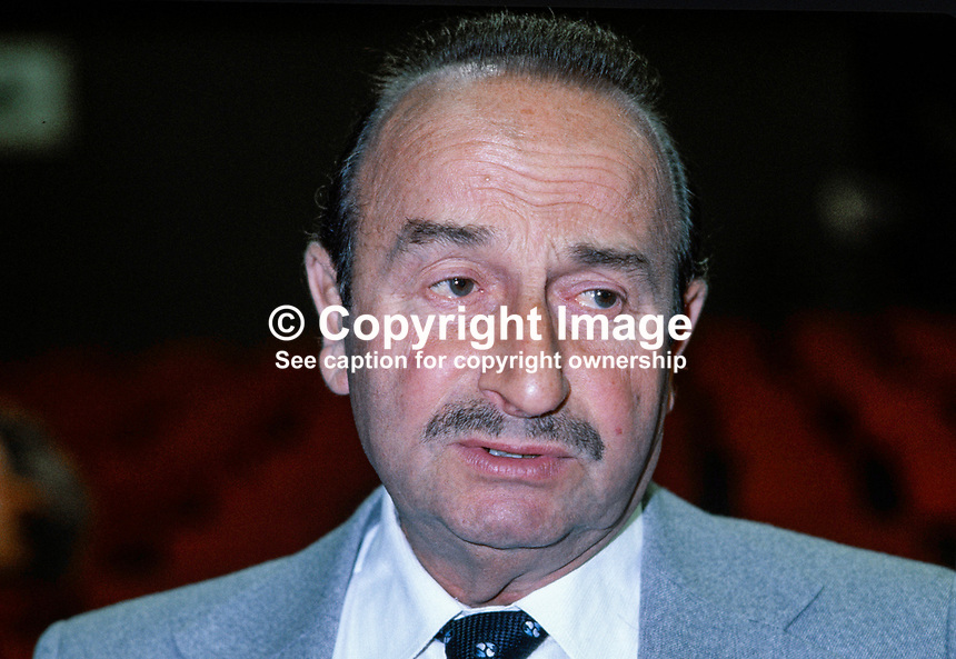 Martin Flannery, MP, Labour Party, Sheffield Hillsborough, UK, 198010000322..Copyright Image from Victor Patterson, 54 Dorchester Park, Belfast, UK, BT9 6RJ..Tel: +44 28 9066 1296.Mob: +44 7802 353836.Voicemail +44 20 8816 7153.Skype: victorpattersonbelfast.Email: victorpatterson@mac.com.Email: victorpatterson@ireland.com (back-up)..IMPORTANT: If you wish to use this image or any other of my images please go to www.victorpatterson.com and click on the Terms & Conditions. Then contact me by email or phone with the reference number(s) of the image(s) concerned.