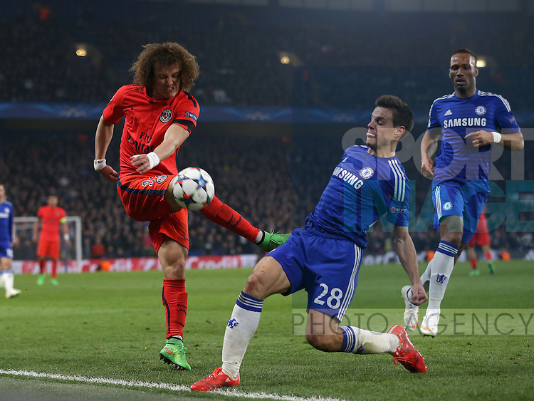 Chelsea's Cesar Azpilicueta tussles with PSG's David Luiz<br /> <br /> Champions League Round of 16 Second leg- Chelsea vs Paris Saint-Germain  - Stamford Bridge - England - 11th March 2015 - Picture David Klein/Sportimage