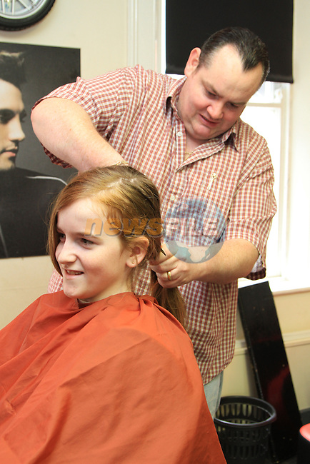 Hair Cut for Charity.Picture: Fran Caffrey / www.newsfile.ie.