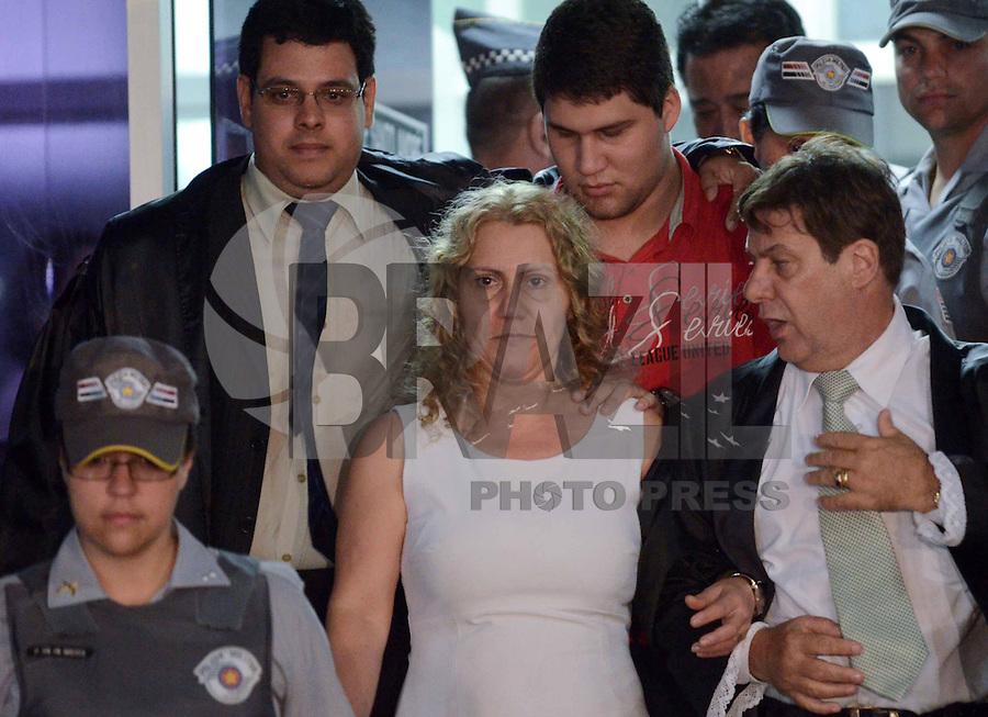 SANTO ANDRE, SP, 16 DE FEVEREIRO 2012 - JULGAMENTO LINDEMBERG ALVES - CASO ELOA -Mae de Eloa, Ana Cristina Pimentel coletiva apos a condenacao de Lindemberg do Forum de Santo Andre . (FOTO: ADRIANO LIMA - BRAZIL PHOTO PRESS).