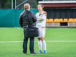 Solna 2015-10-11 Fotboll Damallsvenskan AIK - FC Roseng&aring;rd :  <br /> Roseng&aring;rds Lina Nilsson intervjuas efter matchen mellan AIK och FC Roseng&aring;rd <br /> (Foto: Kenta J&ouml;nsson) Nyckelord:  Damallsvenskan Allsvenskan Dam Damer Damfotboll Skytteholm Skytteholms IP AIK Gnaget  FC Roseng&aring;rd portr&auml;tt portrait glad gl&auml;dje lycka leende ler le