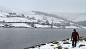 15/01/13..Snow continues to fall this morning in Derbyshire over Ladybower Reservoir in The Peak District...All Rights Reserved - F Stop Press.  www.fstoppress.com. Tel: +44 (0)1335 300098.