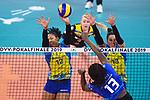 24.02.2019, SAP Arena, Mannheim<br /> Volleyball, DVV-Pokal Finale, SSC Palmberg Schwerin vs. Allianz MTV Stuttgart<br /> <br /> Block / Doppelblock Lauren Barfield (#12 Schwerin), Mckenzie Adams (#13 Schwerin) - Angriff Krystal Rivers (#13 Stuttgart)<br /> <br />   Foto © nordphoto / Kurth