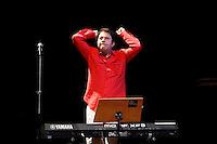 SAO PAULO, SP 18 DE MAIO 2013 - VIRADA CULTURAL 2013 - A Virada  Cultural acontece nos dias 18 e 19 de maio em toda a cidade de São Paulo. Na tarde de hoje, 19, Eumir Deodato, músico brasileiro, se apresentou as 15:00hs no Teatro Municipal FOTO: PAULO FISCHER/BRAZIL PHOTO PRESS