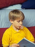 BH22-117x  Bubbles - boy blowing bubbles with bubble gum