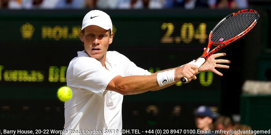 Tomas Berdych (CZE) (12) against Rafael Nadal (ESP) (1) in the final of the gentlemen's singles. Rafael Nadal beat Tomas Berdych 6-3 7-5 6-4..Tennis - Wimbledon Lawn Tennis Championships - Day 13 Sun 4th Jul 2010 -  All England Lawn Tennis and Croquet Club - Wimbledon - London - England..© FREY - AMN IMAGES  Level 1, Barry House, 20-22 Worple Road, London, SW19 4DH.TEL - +44 (0) 20 8947 0100.Email - mfrey@advantagemedianet.com.www.advantagemedianet.com