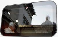 Papa Benedetto XVI siede nel treno Frecciargento in attesa di partire per Assisi, alla Stazione Vaticana, 27 ottobre 2011..Pope Benedict XVI sits inside a Frecciargento train prior to leave to Assisi, at the Vatican railway station, 27 october 2011..UPDATE IMAGES PRESS/Riccardo De Luca