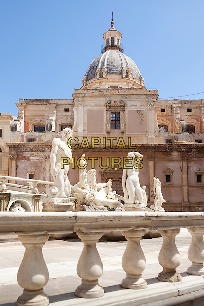 Fontana Pretoria and Santa Caterina Church, Piazza Pretoria, Palermo, Sicily, Italy<br /> August 2015<br /> CAP/MEL<br /> &copy;MEL/Capital Pictures