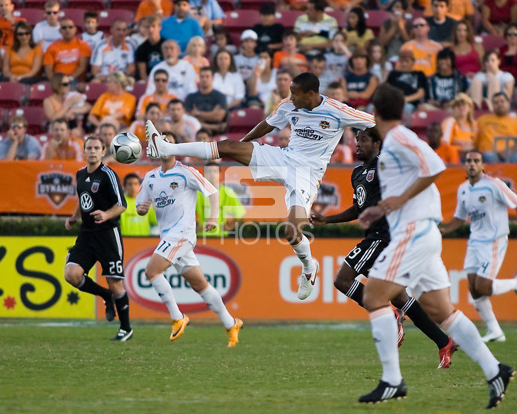 Houston Dynamo midfielder Ricardo Clark (13) gets control of the ball.  Houston Dynamo tied D.C. United 0-0 at Robertson Stadium in Houston, TX on October 12, 2008.  Photo by Wendy Larsen/isiphotos.com