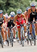 05 JUN 2010 - MADRID, ESP - Barbara Riveros Diaz - Womens ITU World Championship Series triathlon (PHOTO (C) NIGEL FARROW)