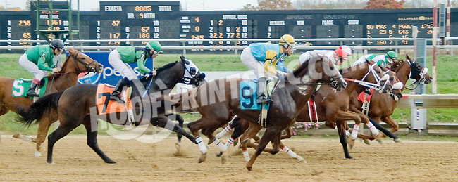 Magic Lion winning at Delaware Park on 10/27/12..