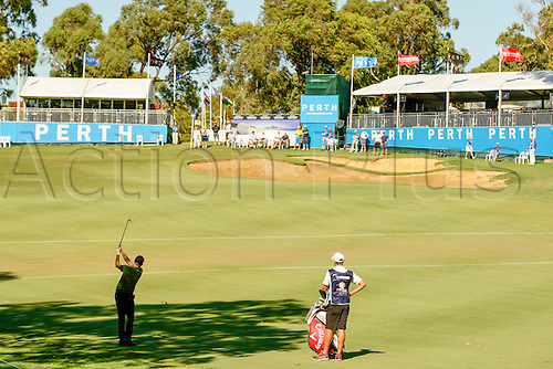 26.02.2016. Perth, Australia. ISPS HANDA Perth International Golf.  James Morrison (ENG) plays an approach shot onto the 18th green during day 2.