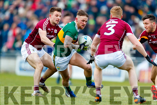 Barry John Keane Kerry in action against Eoghan Kerin Galway in the Allianz Football League Division 1 Round 4 match between Kerry and Galway at Austin Stack Park, Tralee, Co. Kerry.