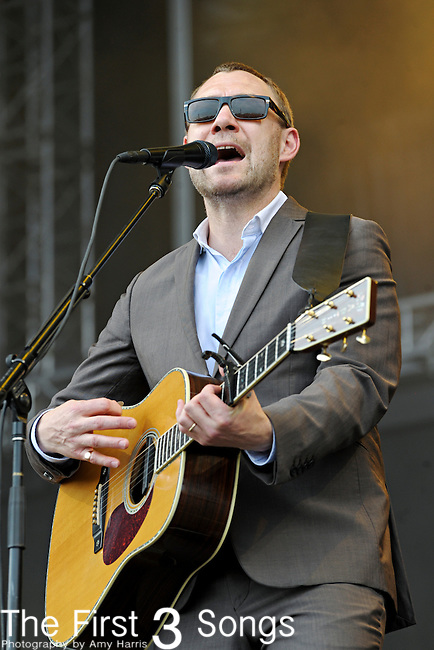 David Gray performs during day three of the Dave Matthews Band Caravan at Lakeside on July 10, 2011 in Chicago, Illinois.