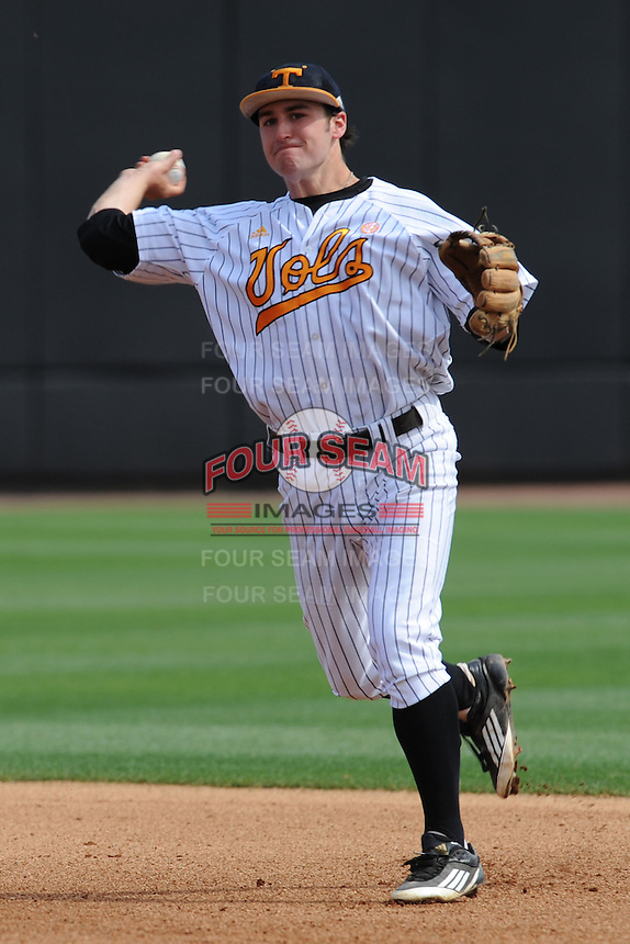 Tennessee Volunteers second baseman Will Maddox #1 throws to first during a game against the Florida Gators at Lindsey Nelson Stadium, Knoxville, Tennessee April 14, 2012. The Volunteers won the game 5-4  (Tony Farlow/Four Seam Images)..