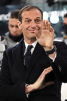 Calcio, Serie A: Juventus vs Bologna. Torino, Juventus Stadium, 8 gennaio 2017.<br /> Juventus coach Massimiliano Allegri waves prior to the start of the Italian Serie A football match between Juventus and Bologna at Turin's Juventus Stadium, 8 January 2017. Juventus won 3-0.<br /> UPDATE IMAGES PRESS/Manuela Viganti