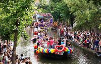 Nederland - Utrecht - 2018.  Voor het tweede jaar vaart de Utrecht Canal Pride door de binnenstad.   Foto Berlinda van Dam / Hollandse Hoogte.
