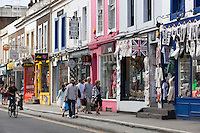 United Kingdom, London: Shops along Pembridge Road, Notting Hill W11 | Grossbritannien, England, London: Shops along Pembridge Road, Notting Hill W11