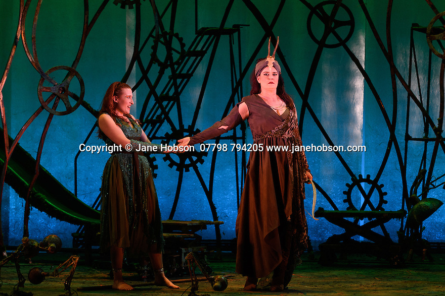 London, UK. 13.10.2016. English Touring Opera preents LA CALISTO, by Francesco Cavalli, at the Hackney Empire, before embarking on a UK tour. Directed and conducted by Timothy Nelson, with lighting design by Mark Howland, and design by takis. Picture shows: Paula Sides (Calisto),  Catherine Carby (Diana). Photograph © Jane Hobson.