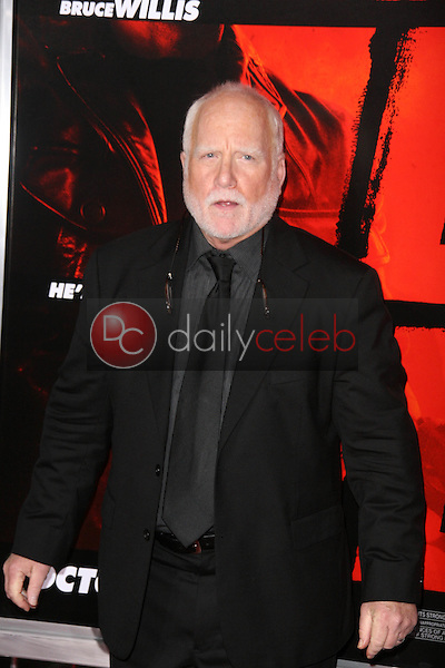 Richard Dreyfuss<br /> at the &quot;Red&quot; Los Angeles Screening, Chinese Theater, Hollywood, CA. 10-11-10<br /> David Edwards/DailyCeleb.Com 818-249-4998