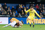 Jonathan Dos Santos (r) of Villarreal CF fights for the ball with Enzo Nicolas Perez of Valencia CF during their La Liga match between Villarreal CF and Valencia CF at the Estadio de la Cerámica on 21 January 2017 in Villarreal, Spain. Photo by Maria Jose Segovia Carmona / Power Sport Images