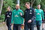 30.06.2020, Trainingsgelaende am wohninvest WESERSTADION,, Bremen, GER, 1.FBL, Werder Bremen Training, im Bild<br /> <br /> Ömer / Oemer Toprak (Werder Bremen #21)<br /> Tim Borowski (Co-Trainer SV Werder Bremen)<br /> <br /> <br /> <br /> Foto © nordphoto / Kokenge