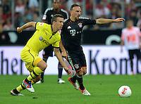 FUSSBALL   1. BUNDESLIGA   SAISON 2012/2013   SUPERCUP FC Bayern Muenchen - Borussia Dortmund            12.08.2012 Ivan Perisic (li, Borussia Dortmund) gegen Franck Ribery (FC Bayern Muenchen)