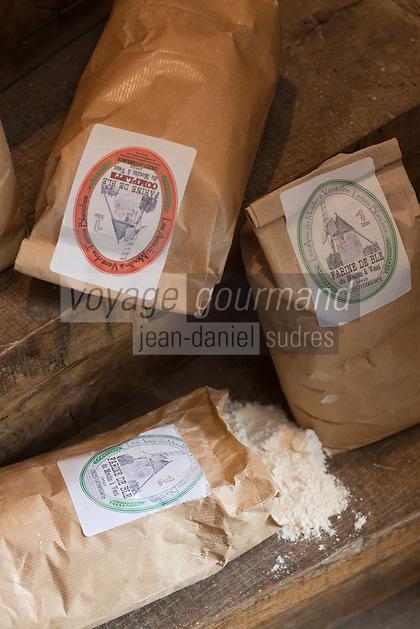 Europe/France/Aquitaine/24/Dordogne/Cercles:  Farine du  Moulin des Terres blanches
