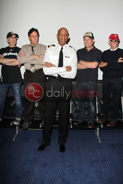 Jerry Zucker, Robert Hays, Kareem Abdul-Jabbar, David Zucker, Jim Abrahams<br />