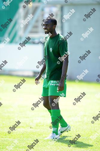 2012-07-22 / Voetbal / seizoen 2012-2013 / Dessel Sport / Philip Mensah..Foto: Mpics.be