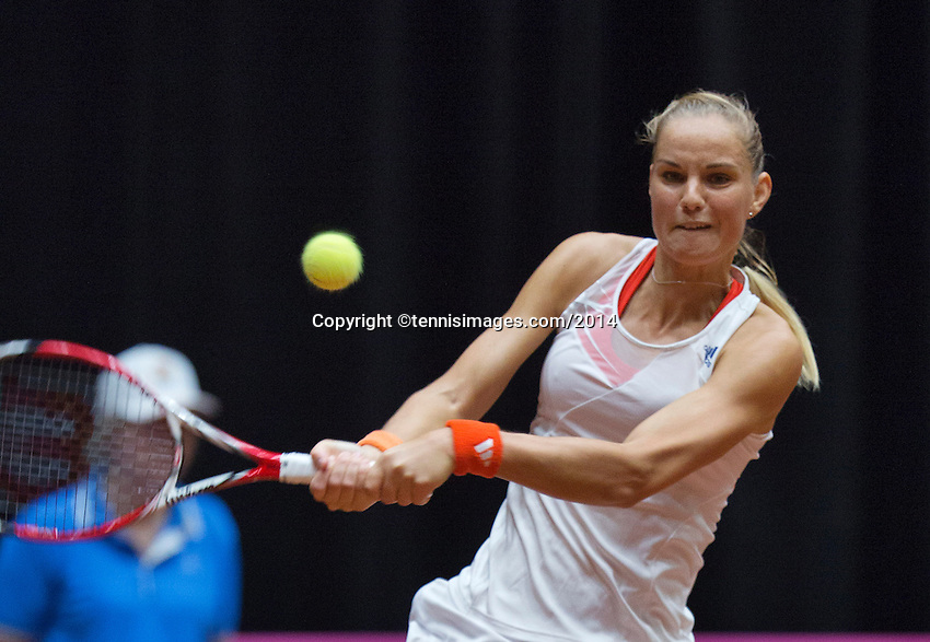 The Netherlands, Den Bosch, 16.04.2014. Fed Cup Netherlands-Japan, Arantxa Rus (NED)<br /> Photo:Tennisimages/Henk Koster