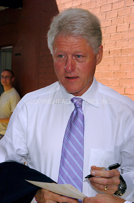 Ex-President Bill Clinton in New York, August 9, 2004. ..Please byline: AJ SOKALNER -- ACEPIXS.COM   .. *** ***..Ace Pictures, Inc:  ..Contact: Alecsey Boldeskul (646) 267-6913 ..Philip Vaughan (646) 769-0430..e-mail: info@acepixs.com