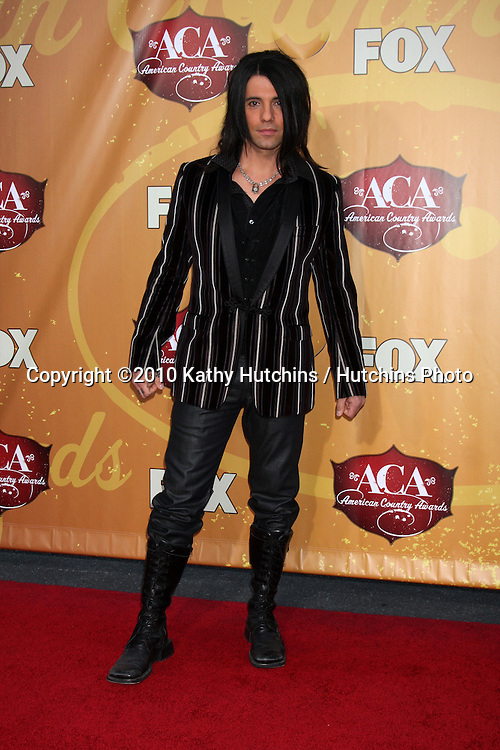 LOS ANGELES - DEC 6:  Criss Angel arrives at the 2010 American Country Awards at MGM Grand Garden Arena on December 6, 2010 in Las Vegas, NV.