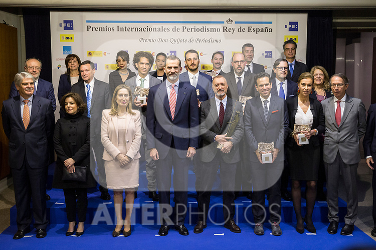 "Alfonso Dastis, Soraya Saez de Santamaria, Ana Pastor, Spanish king Felipe, Arturo Perez Reverte, Carlos Loret de Mola,  Carmen Posadas attends XXXIV International prizes of journalism ""Rey de Espana"" and the XIII edition of the prize ""Don Quijote"" of journalism in Madrid, Spain. March 27, 2017. (ALTERPHOTOS / Rodrigo Jimenez)"