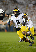 STATE COLLEGE, PA - OCTOBER 21:  Michigan DE Rashan Gary (3) rushes the quarterback. The Penn State Nittany Lions defeated the Michigan Wolverines 42-13 on October 21, 2017 at Beaver Stadium in State College, PA. (Photo by Randy Litzinger/Icon Sportswire)