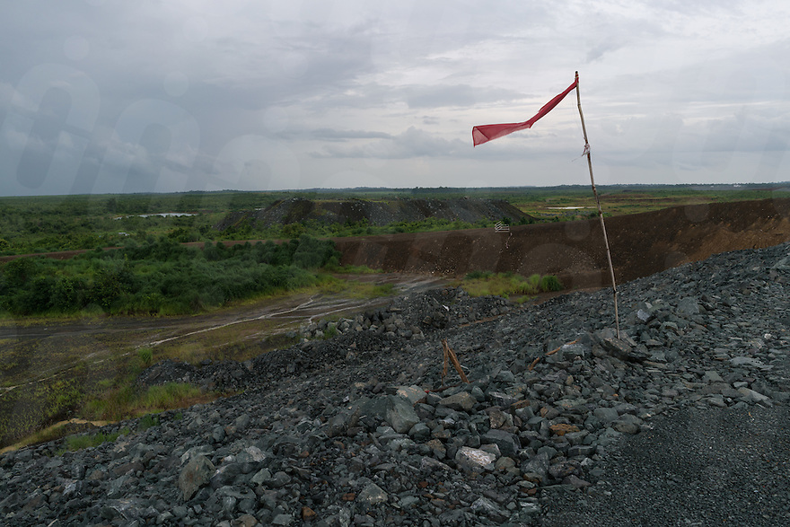 August 18, 2016 - Stung Treng (Cambodia). A view of the vaste area that will be soon flooded when the construction of the Lower Sesan II dam will be finished. The 400-MW dam—a joint venture between Cambodian businessman Kith Meng and China's Hydrolancang International Energy Co. Ltd.—is set to displace more than 5,000 villagers in Sesan district. Studies claim that the dam could seriously affect fisheries, and in turn the livelihoods of more than 100,000 residents living upstream and downstream of the dam. © Thomas Cristofoletti / Ruom
