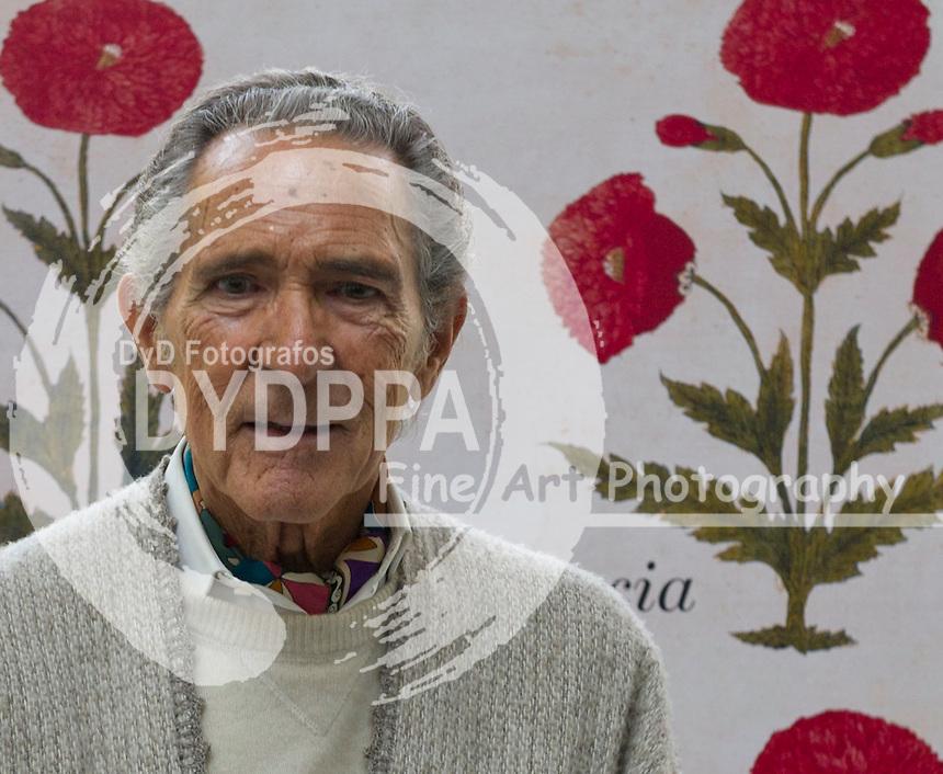 27/11/2012. Jardin botanico. Madrid. España. Antonio Gala presenta su nuevo libro Quintaesencia. Foto: Belen Diaz/DyD Fotografos