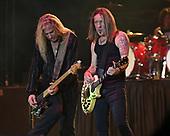 "MIAMI, FL - NOVEMBER 04: Dana Strum and Jeff ""Blando"" Bland of the Vince Neil Band perform at The Magic City Casino on November 4, 2017 in Miami, Florida. Credit Larry Marano © 2017"