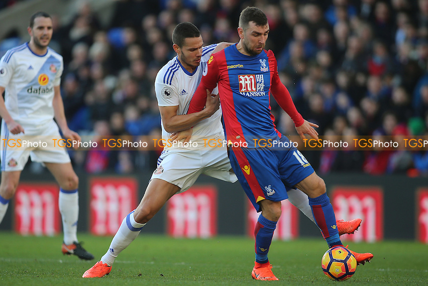 James McArthur of Crystal Palace sheilds the ball from Jack Rodwell of Sunderland  during Crystal Palace vs Sunderland AFC, Premier League Football at Selhurst Park on 4th February 2017
