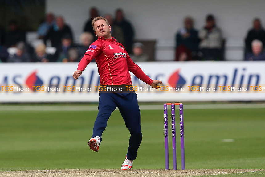 Neil Wagner in bowling action for Essex during Essex Eagles vs Gloucestershire, Royal London One-Day Cup Cricket at The Cloudfm County Ground on 4th May 2017